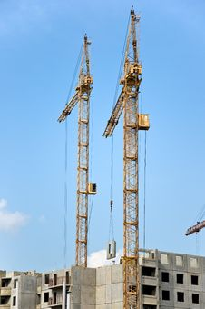 Free The Crane Elevating Stock Photo - 14561510