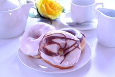 Free Doughnuts And Tea Royalty Free Stock Images - 14562129