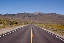 Free Desert Road Royalty Free Stock Photos - 14565008