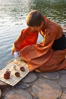 Free Tea Ceremony Master Stock Images - 14565674