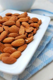 Free Almond As Food Ingredient Royalty Free Stock Image - 14569636