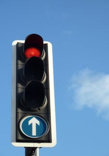 Free Red Traffic Light Royalty Free Stock Photo - 14572065