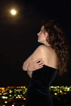 Free Female In A Black Dress And City Royalty Free Stock Photo - 14572265