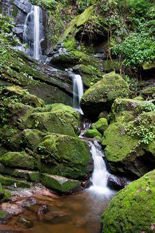 Free Waterfall Stock Photo - 14577250