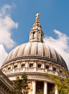 Free Dome Of St Paul S Cathedral Royalty Free Stock Image - 14577346