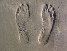 Free Footprints Royalty Free Stock Image - 14581356