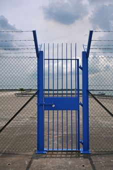 Free Blue Gate Royalty Free Stock Photography - 14584987