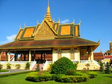Free Buildings Of Park Royal In Phnom Penh Royalty Free Stock Photography - 14586337