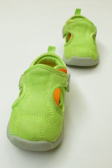 Free Baby Shoes Royalty Free Stock Image - 14591746