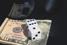 Free Gabmbeling While Playing Dice Stock Photography - 14593202