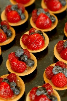 Strawberry And Blueberry Tart Royalty Free Stock Photo