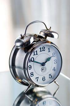 Free Old Fashion Alarm Clock Royalty Free Stock Photos - 14596308