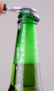 Free Beer Bottle Being Opened Royalty Free Stock Images - 14596409