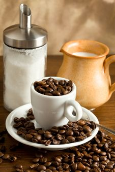 Free Espresso Cup With Coffee Beans Stock Images - 14596804