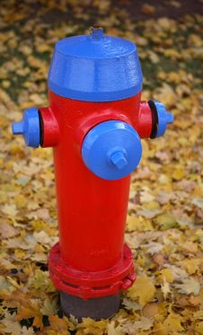 Free Fire Hydrant 2 Stock Image - 1464921
