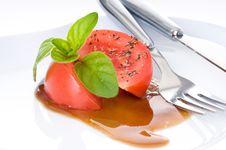 Free Tomato And Basil Royalty Free Stock Photos - 14602338