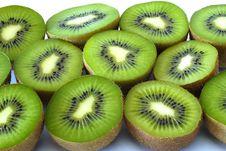 Free Halves Kiwi Fruit Royalty Free Stock Image - 14604046