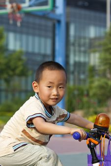 Free Asian Boy Riding Stock Images - 14606204