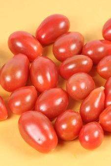 Free Grape Tomatoes Royalty Free Stock Photos - 14606298