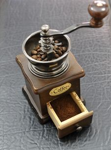 Free Coffee Grinder Stock Image - 14606901