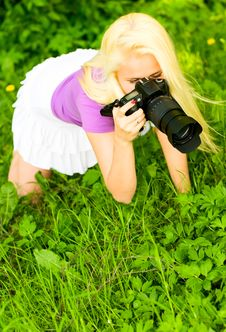 Free Girl With Camera Royalty Free Stock Photo - 14607835
