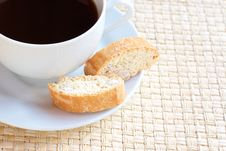 Free Cup Of Hot Coffee And Almond Biscotti Cookies Royalty Free Stock Images - 14609669