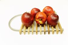 Free Fresh Apples Royalty Free Stock Photography - 14626267