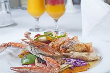 Seafood Meal Of Crab And Shrimp Royalty Free Stock Photos