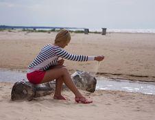 Free Girl Sea Sky Sand Royalty Free Stock Image - 14627076