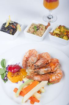 Free Tiger Shrimp A La Carte Meal Royalty Free Stock Photography - 14627557