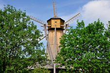 Free Windmill. Royalty Free Stock Photo - 14628145