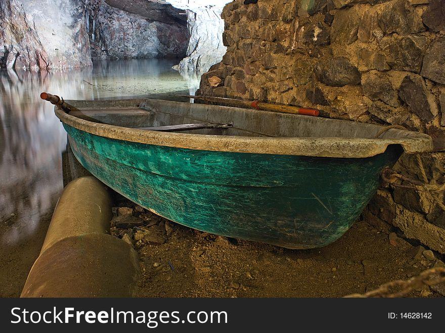 Miltitz flooded mine, boat
