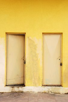 Free Two Doors Stock Photography - 14633622