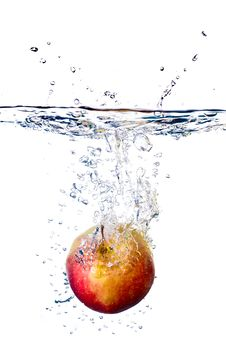 Free Apple Splash In Water Royalty Free Stock Images - 14634149