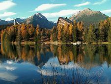 Free Lake Strbske Pleso Royalty Free Stock Images - 14634369