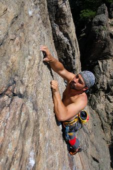 Free Rock Climber Royalty Free Stock Photos - 14636198
