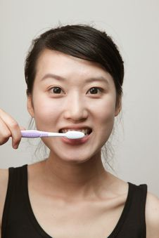 Free Brush Teeth Stock Images - 14637134