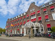 Free Typical Amsterdam Architecture Royalty Free Stock Images - 14639279