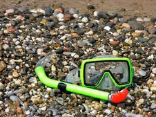 Free Mask And Tube For A Scuba Diving Stock Image - 14639811