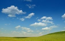 Free Crystal Blue Sky Royalty Free Stock Images - 14641389