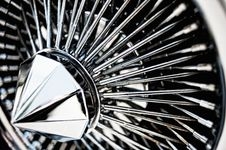 Free Chrome Wheel Royalty Free Stock Photo - 14642655