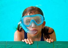 Free Beautiful Girl In A Pool With A Swimming Mask Royalty Free Stock Image - 14642656