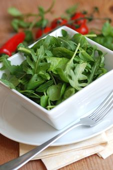 Free Leaf Salad In A Bowl Royalty Free Stock Image - 14644166