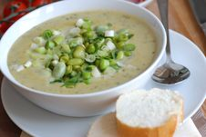 Edamame And Pea Soup Stock Images