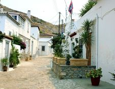 Free The Path In Hydra Stock Photography - 14646002