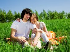Free Boy And Girl On Grass Royalty Free Stock Photo - 14646375