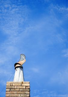 Free House Chimney Royalty Free Stock Image - 14647786