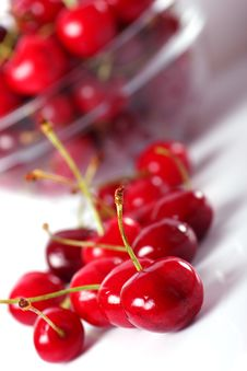 Free Cherries Royalty Free Stock Photography - 14648477