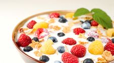 Free Bowl Of  Cereal With Milk And Wild Berries Royalty Free Stock Photo - 14650405