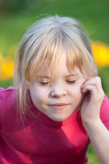 Free Portrait Of Little Girl With Closed Eyes Royalty Free Stock Photography - 14651917